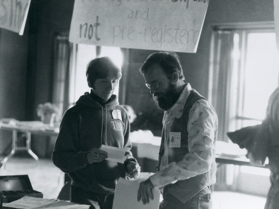 <p>Barbara Snyder & Michael Pilarski at the Registration Desk - 5-9-81</p>